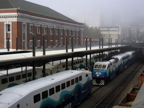 Sound-Transit-Commuter-Rail-at-Union-Station-WEB