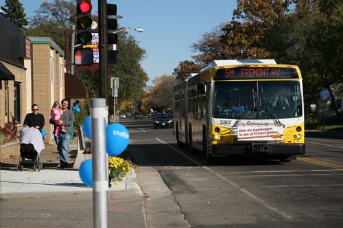 Metro-Transit-Bus-Route5-Minneaopolis-Credit-Val-Escher